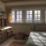 Schlafzimmer im Obergeschoss mit Meerblick
